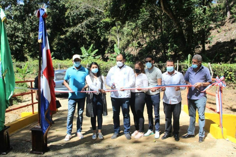 Alcaldía de Jarabacoa inaugura puente en la Comunidad Rural Compadre Pascual